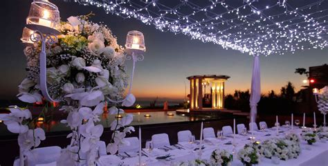 Decorating Tips For Home by How Do You Brace Yourself For Unexpected Wedding Weather