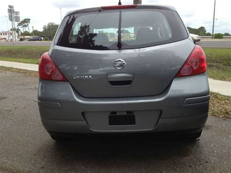 grey nissan versa hatchback find used 2008 gray nissan versa s hatchback 4 door 1 8l
