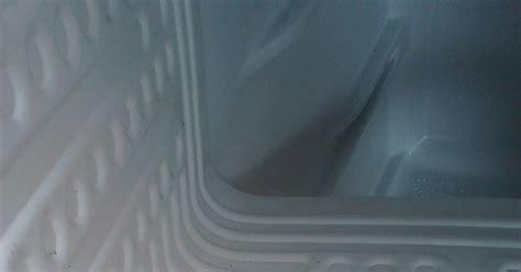 Kulkas Showcase Jogja cara memperbaiki kulkas bocor kecoblos jasa reparasi