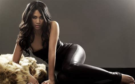 Anggun Top by Top News And Photo Top Singer Indonesia