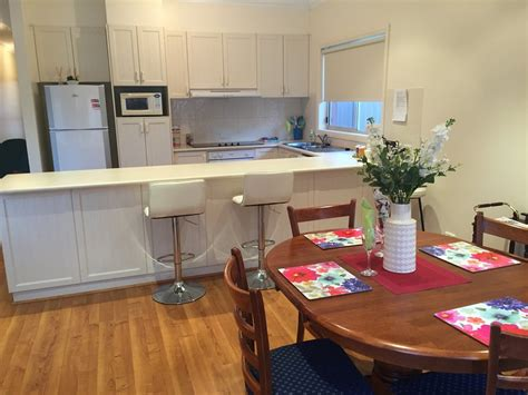 tralea updated 2019 3 bedroom house rental in swan hill with air conditioning and central