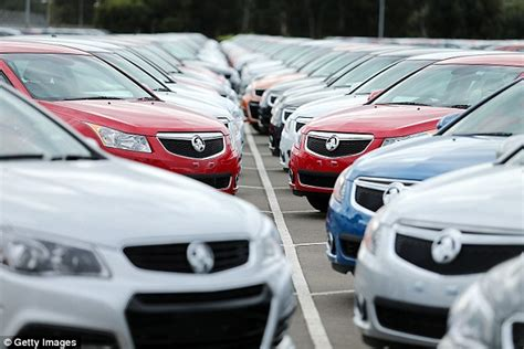 new car buyers survey two thirds of australian car buyers forced to seek repairs