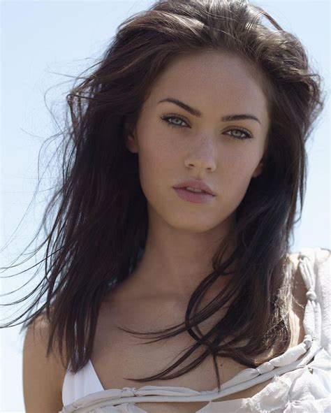 celebrity hairstyles gallery megan fox with medium long haircut at girl of the week