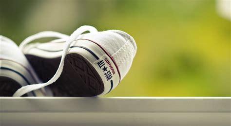 Sepatu Kets Converse Original wallpaper converse sepatu sepatu merek hd layar lebar