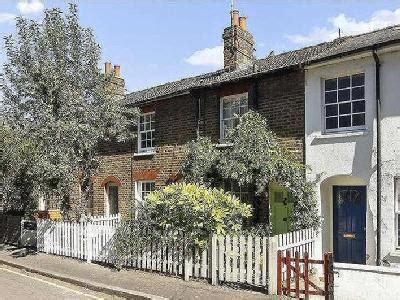 east twickenham houses  sale