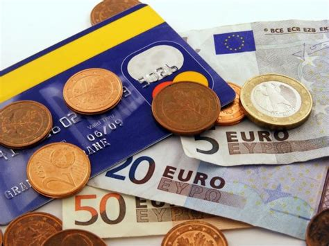 Get best exchange rates on foreign currency   ConsumerFu