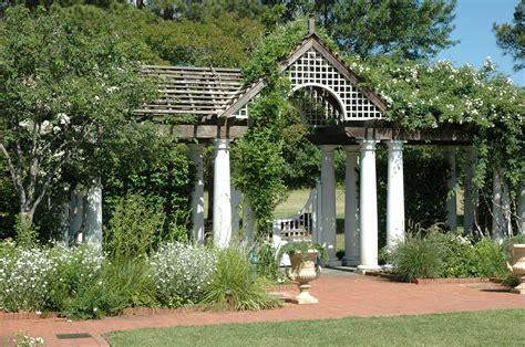 Stowe Botanical Gardens Explore The Garden Daniel Stowe Botanical Garden