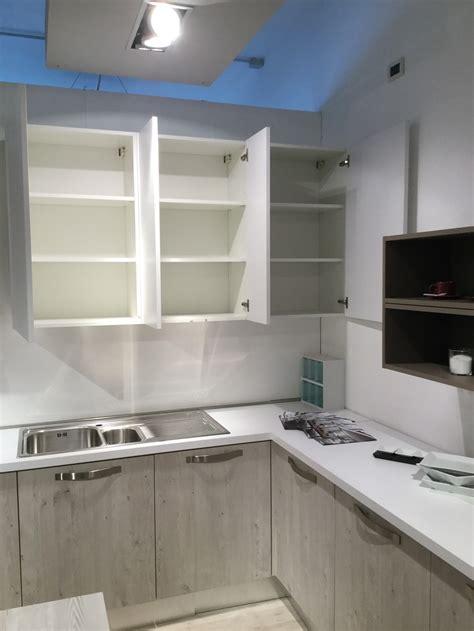 effequattro cucine cucina effequattro angolo moderno laminato materico neutra