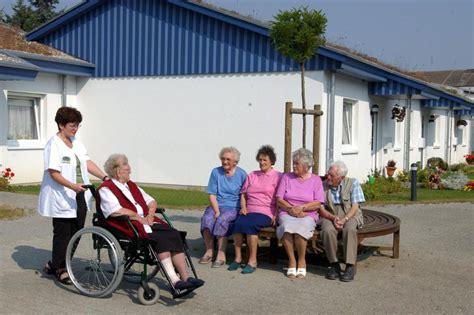 lenwelt gmbh senioren hat das minutenz 228 hlen in der pflege bald ein