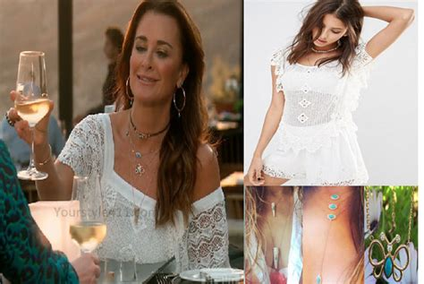 jewelry worn on rhobh earrings worn on season four housewives of beverly hills