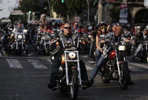 imagenes emotivas de motociclistas motociclistas celebran su d 237 a con desfile grupo milenio