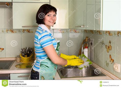 health washing and a kitchen update healthy girl s kitchen woman washing dishes retro www imgkid com the image