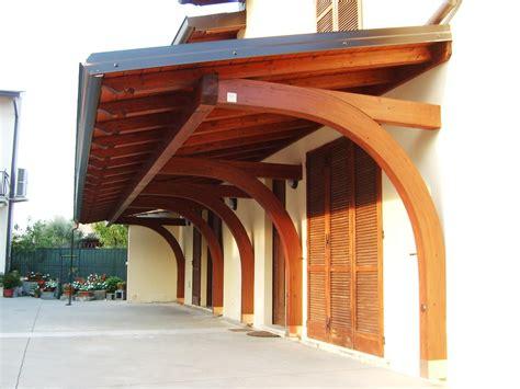 tettoia di legno tettoia in legno realizzazione di porticati a sbalzo in
