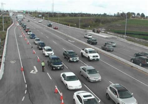 drive bc traffic mayhem continues today at tsawwassen mills photos
