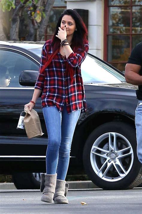 paris jackson in jeans paris jackson in tight jeans 08 gotceleb