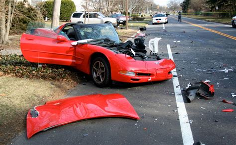 stingray boats long island accident c5 corvette destroyed in long island crash