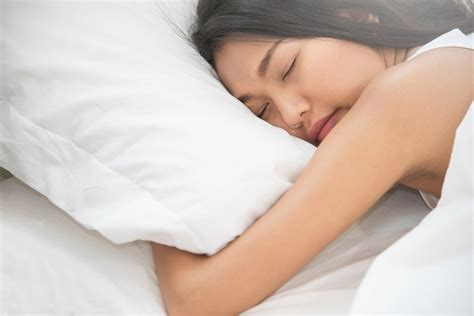 Obat Tidur 50 Ribu berkeringat saat tidur bisa jadi pertanda penyakit alodokter