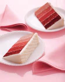 red velvet ombre wedding cake meandyoulookbook