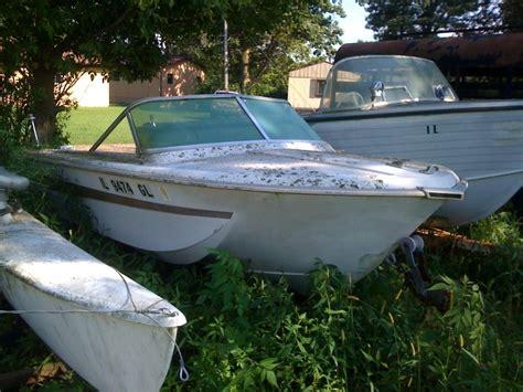 old fiberglass boats fiberglassics 174 restoring old fiberglass boat