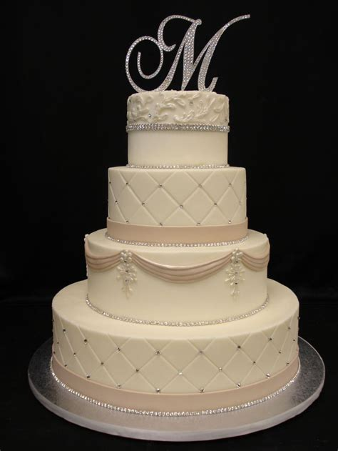 Wedding Cake Extract by Buttercream Cake With Fondant Accents Piping Is Done In