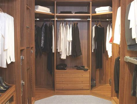 Armoire Or Wardrobe Difference by Walk In Wardrobes And Dressing Rooms Stylish Living