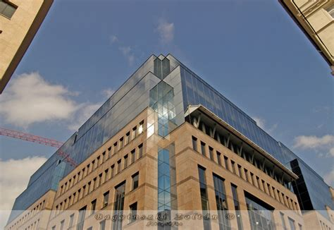 budapest bank budapest budapest bank center bagyinszki zolt 225 n fotogr 225 fus