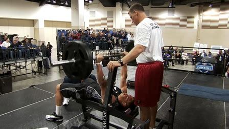brian orakpo bench press rob gronkowski s 2010 combine bench press nfl videos
