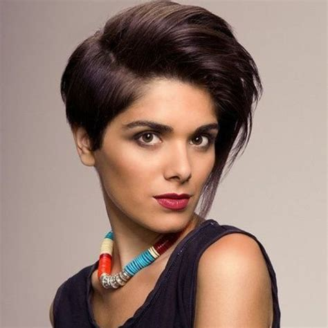 50 classy short haircuts and 50 classy short hairstyles for thick hair the fashionaholic