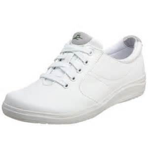 most comfortable shoes for nurses clogs classic fashion