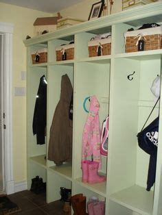 inspiring ideas of stay organize with mesmerizing mudroom 1000 images about cubbies front hall ideas on pinterest