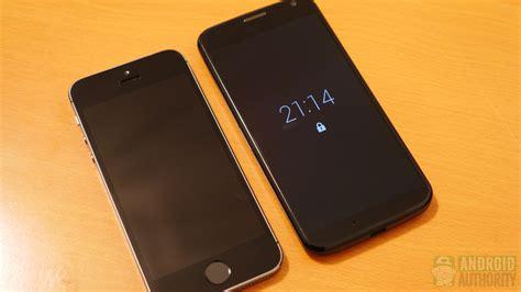 iphone 5s vs moto x look