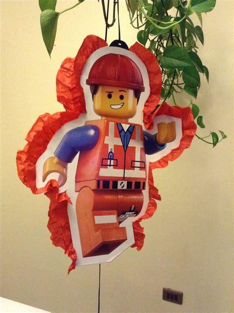 Pinata Lego Emmet By Pinata Dimi 25 best ideas about emmet lego on lego cake