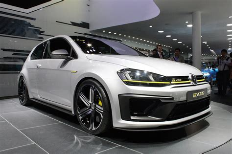 vw r400 volkswagen golf r400 concept beijing 2014 photo gallery