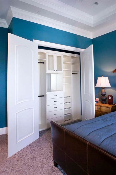 Effective Bedroom Storage 67 Reach In And Walk In Bedroom Closet Storage Systems