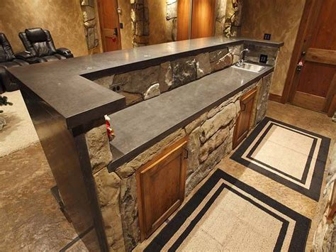 Rustic Bar Top Ideas by 25 Best Ideas About Rustic Basement Bar On