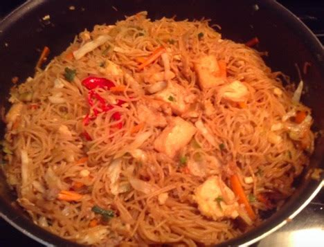 Wajan Goreng Besar resep bihun goreng jawa tabur irisan cabe merah masakan