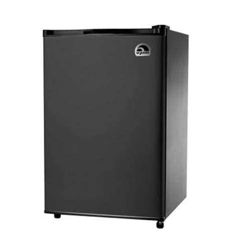 igloo 4 6 cu ft mini refrigerator in black fr464 black