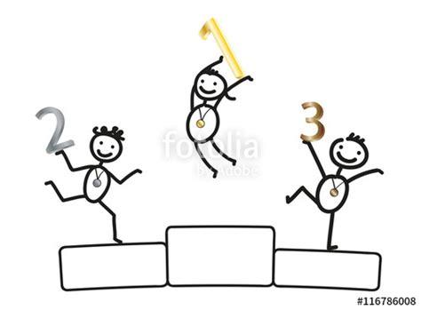 Komik Half No 1 17 End quot siegerehrung gewinner kinder gewinnen medaillen auf dem siegerpodest quot stockfotos und