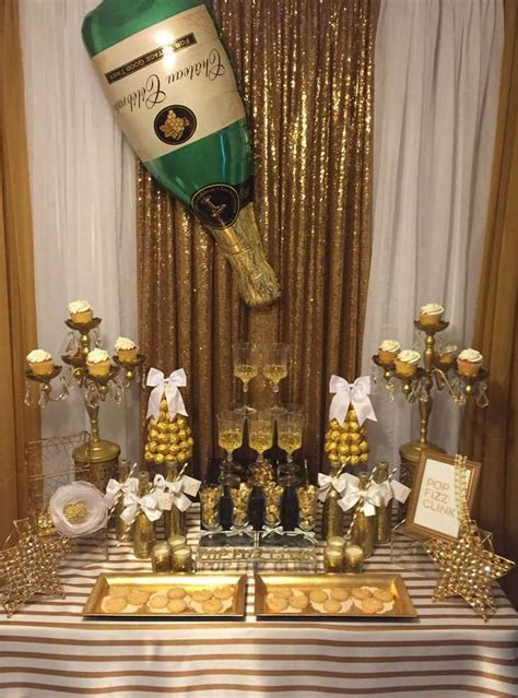 New Years Decorations by Best 25 New Years Ideas On New