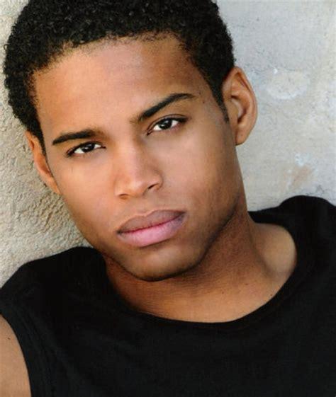 2000 young male actors texas battle imdb