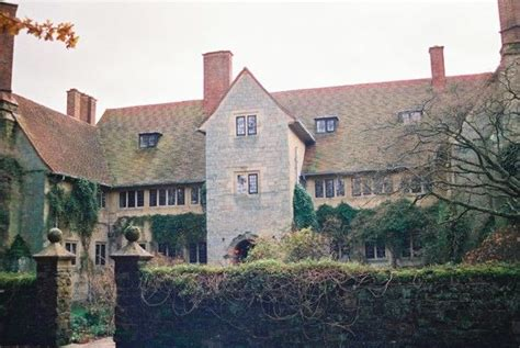 sir edwin lutyens the arts crafts houses books edwin lutyens thakeham house arts and
