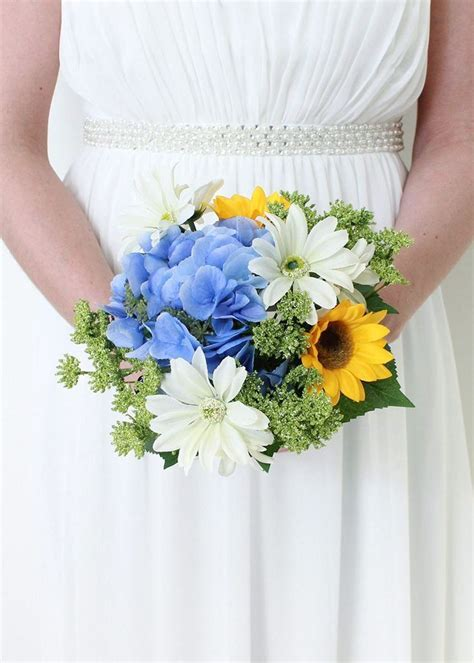 Best 20  Hydrangea Wedding Bouquets ideas on Pinterest