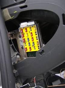 2006 Chrysler Pt Cruiser Fuse Box Location 2006 Pt Cruiser Interior Fuse Box Location Fuse Box And