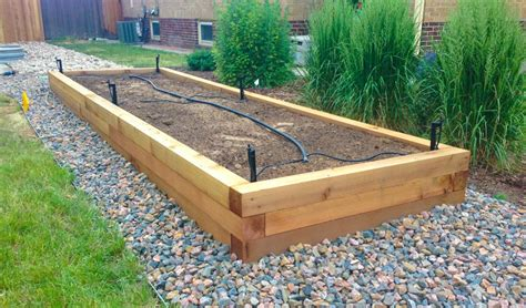 Landscaping Planters Built By Highlands Raised Bed Planter