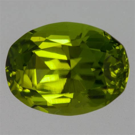 Green Peridot 3 10ct 5 10 carat peridot oval brilliant cut 12x9 mm pakistan