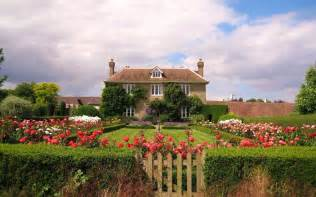 country house immortal longings bright and beautiful flowers