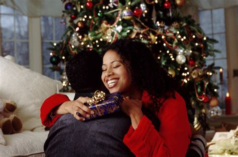 should couples exchange christmas gifts