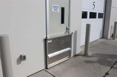 Garage Door Flood Barrier by Garage Door Flood Barrier