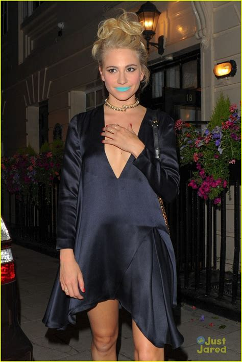 breakfast at tiffany s photo booth grab a prop and strike pixie lott wears breakfast at tiffany s blue lipstick
