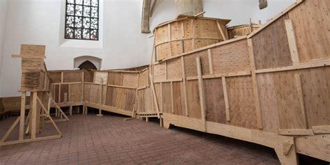 Zwischendecke Einziehen Kosten by Labyrinthe Aus Holz Irgendwo Tief Drinnen Eine